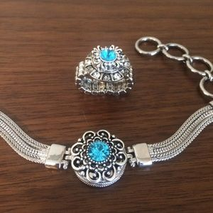 Jewelry - Blue matching bracelet and ring set